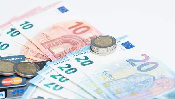 Готівковий курс валют на 15.04.2019: курс долару та євро