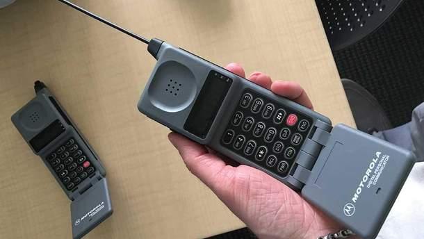 Мобільні піонери: перший дзвінок, історична SMS і найвпливовіший телефон бізнес-класу