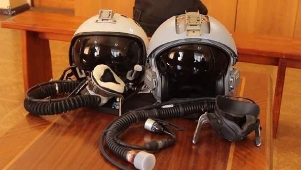 Шолом моделі LA 100 з кисневою маскою UA21S