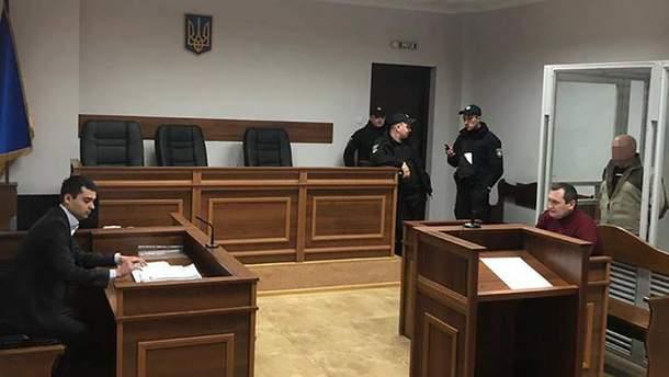 Суд обрав запобіжний захід підозрюваним у вбивстві ювеліра Кисельова
