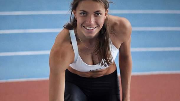 Сексуальна українська легкоатлетка показала фігуру в купальнику: фото