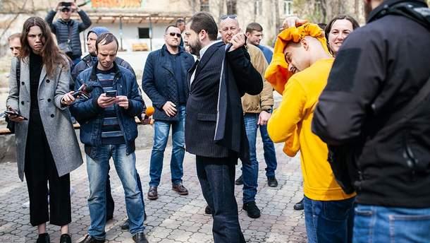 Мустафу Найема облили нечистотами в Одессе