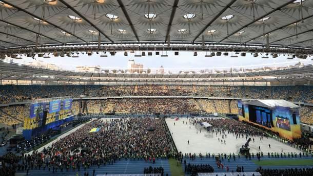 На дебати Порошенка Зеленського прийшли 22 тисячі глядачів
