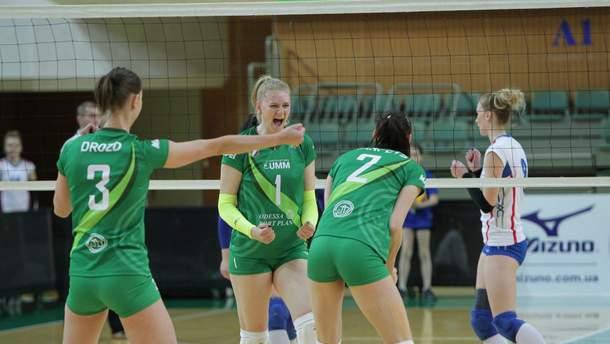 """Волейболистки """"Химика"""" стали чемпионками Украины и выполнили горячий танец: видео"""