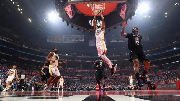 Клуб украинца проиграл в плей-офф НБА и установил позорный антирекорд: видео