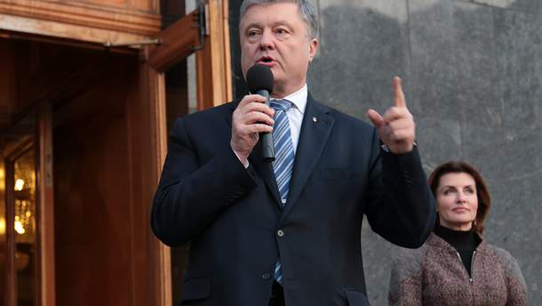 Проти Порошенка позивається суддя Окружного адмінсуду Києва