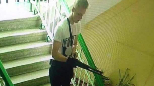Подозреваемого в стрельбе в Керчи унижали одноклассники