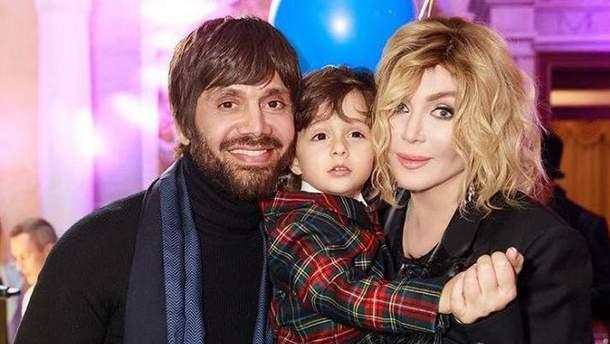 Ірина Білик з чоловіком і сином