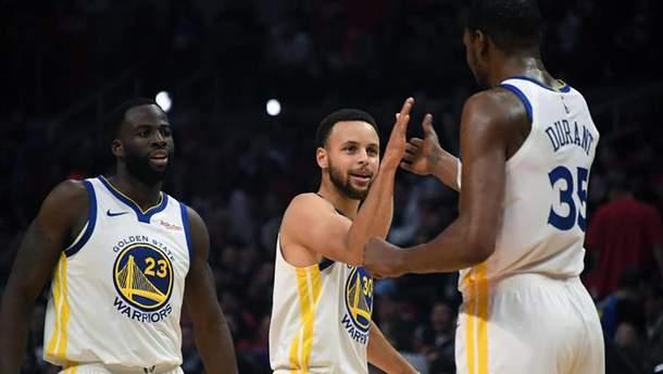 """Баскетбольный клуб """"Голден Стейт"""" стал седьмой командой, которая преодолела первый раунд плей-офф НБА"""