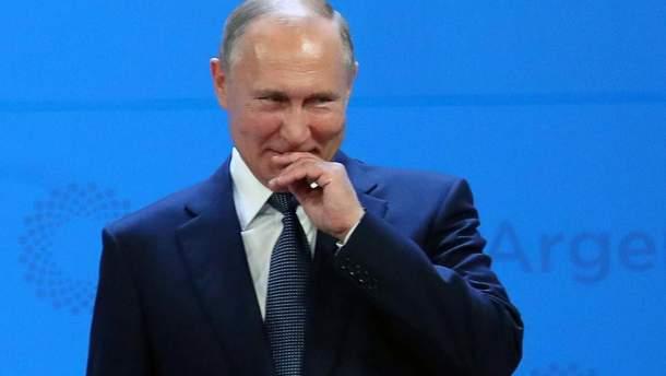 Скільки Путіну коштуватиме видача паспортів на Донбас
