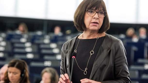 Евродепутат призвала ЕС проявить инициативу из-за паспортных намерений Путина