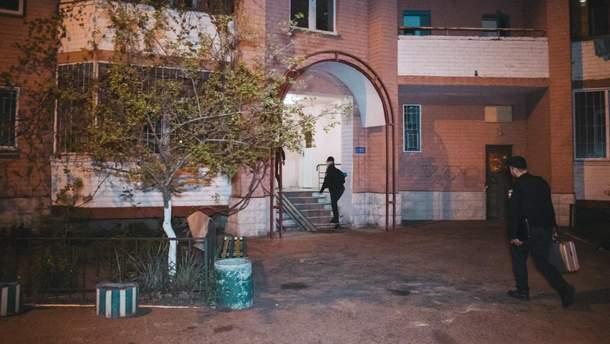 Внаслідок вибуху у багатоповерхівці на Позняках у Києві загинули дві людини