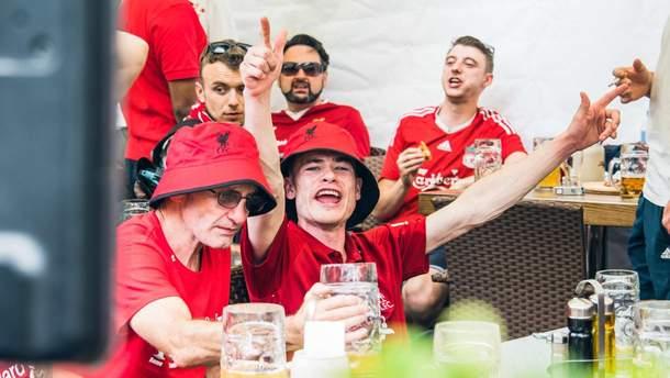 "Фанаты ""Ливерпуля"""