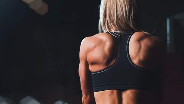 Чому виникає грижа в спині
