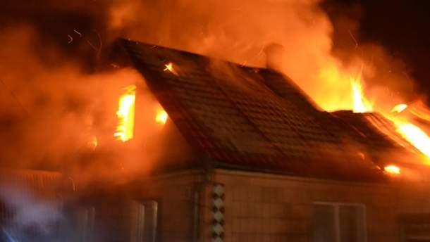 Невідомі підпалили дім журналістки з Волині
