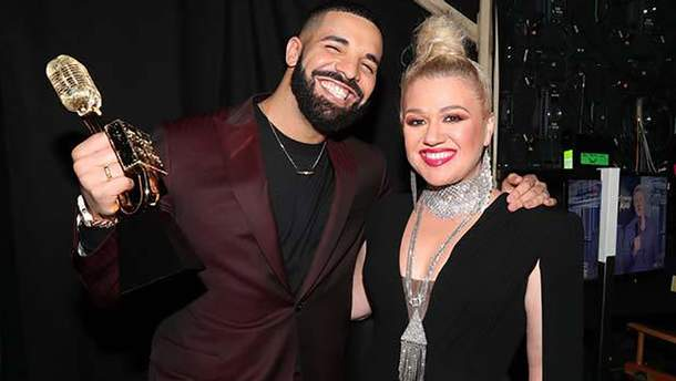 Келли Кларксон и Дрейк на Billboard Music Awards 2019