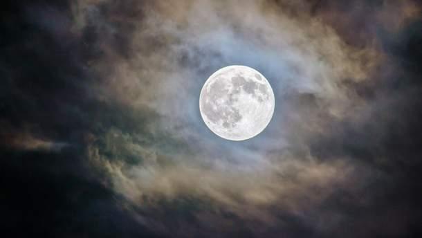 Що спричинило спалах на Місяці