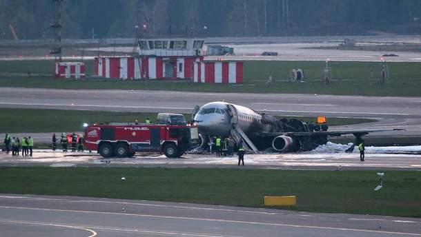 Центральні російські телеканали не відреагували на авіакатастрофу у Москві