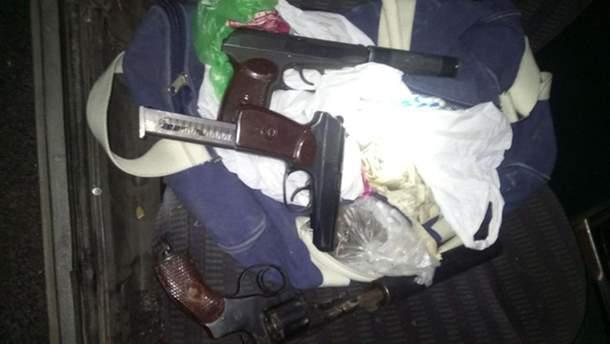 """В ходе операции """"Сирена"""" были задержаны двое мужчин с оружием"""