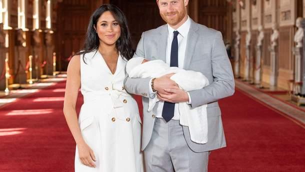 Меган Маркл та принц Гаррі показали сина - відео та фото