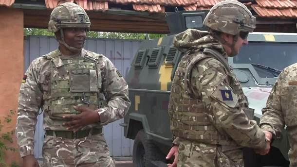 Инструкторы НАТО