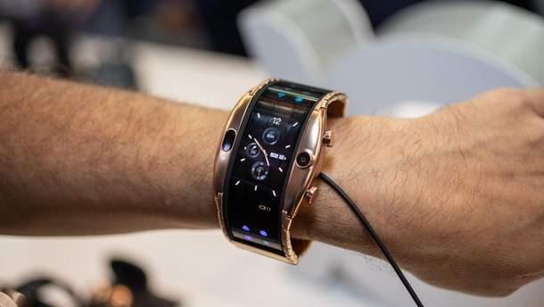 Смарт-часы Nubia Alpha протестировали на прочность