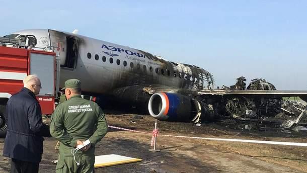 За сутки в РФ из-за неисправности отменили вылет еще 3 Superjet