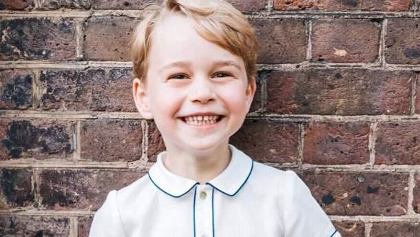 Принц Джордж раскрыл имя сына Меган Маркл еще задолго до его рождения: неожиданные детали