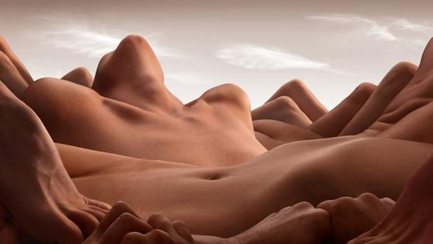 """Фото з проекту """"Пейзажі з тіл"""""""