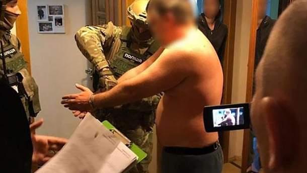 Суми: затримано викрадача, який вимагав гроші у власника місцевої мережі магазинів
