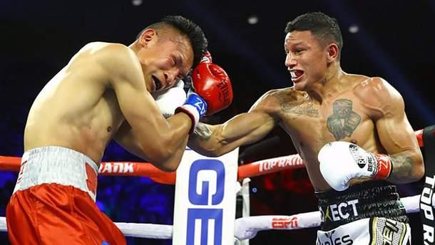 Мексиканські боксери влаштували справжнє місиво за пояс WBC