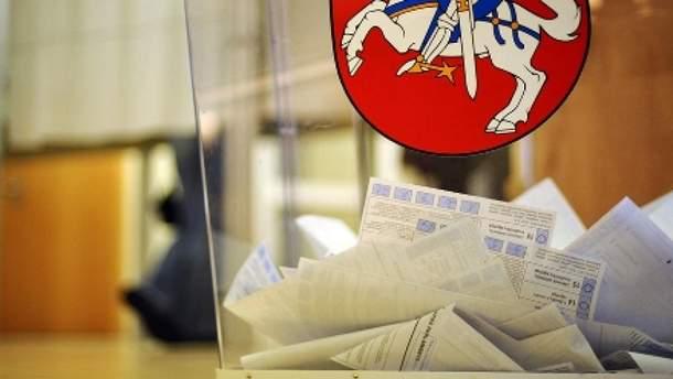 В Литве завершился первый тур выборов президента страны