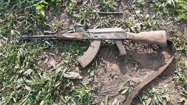 На Донбассе боевик подорвал себя, чтобы ему не помогли украинские воины