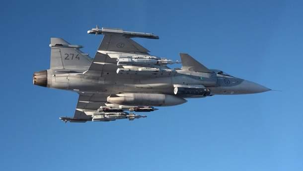 Угорські JAS-39 Gripen перехопили російський Ан-26 у небі Балтії