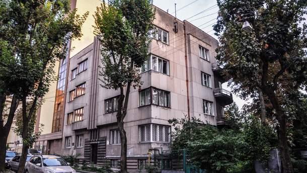 Функціоналістичний будинок на вулиці Туган-Барановського у Львові