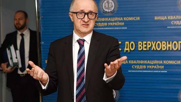 Глава Высшей квалификационной комиссии судей Козьяков потерял свои полномочия