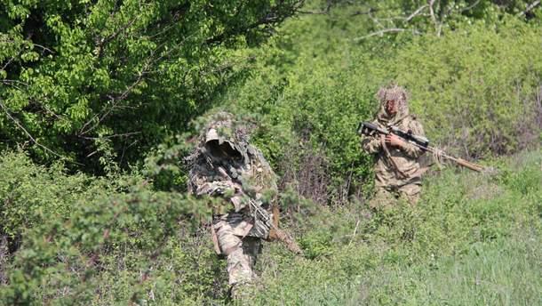 Как украинские военные выслеживают российских снайперов