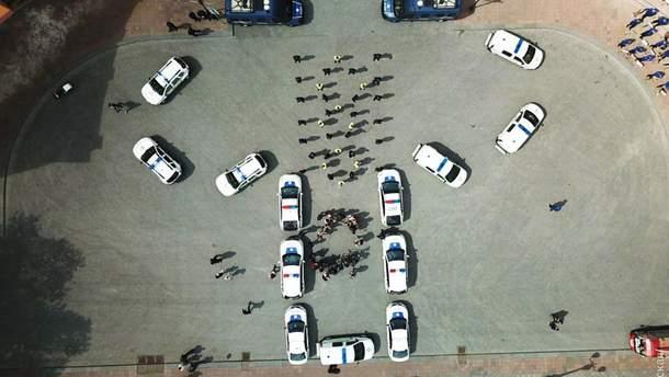 Одесские правоохранители изобразили вышиванку