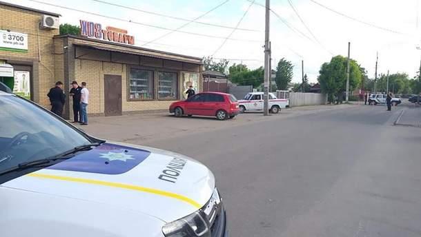 ВСтаробельске мужчина устроил взрыв вотделении банка— подрывник умер, шестеро пострадали