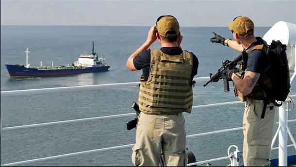 Часть задержанных в Египте моряков отпустили