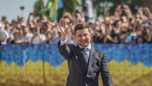 Полномочия с хаосом в придачу, или Какие сверхзадачи стоят перед президентом Зеленским?