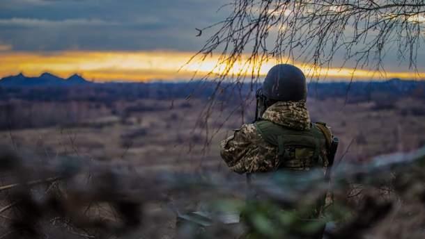 Оккупанты ранили троих украинских военных на Донбассе