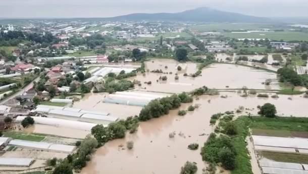 Закарпатье накрыло наводнение из-за сильных ливней