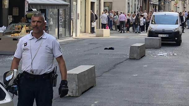 Фото с места взрыва в Лионе