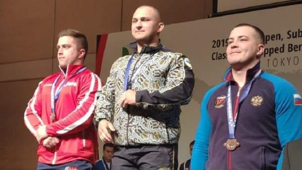 Українець Залєтов зі світовим рекордом переміг  на чемпіонаті світу в жимі лежачи