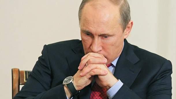 Путіну довіряють дедалі менше росіян