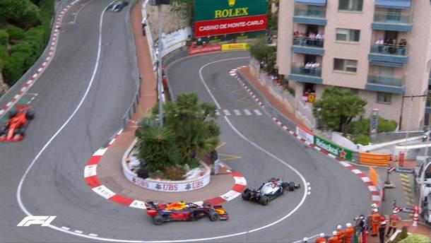Хемілтон виграв гран-прі Монако, Ферстаппен втратив місце на подіумі через штраф: фото та відео