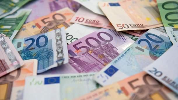 Нові 100 і 200 євро - фото нових банкнот