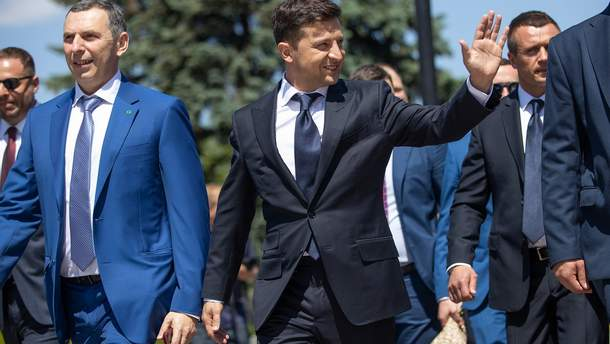 Партия Зеленского начала формировать избирательные списки