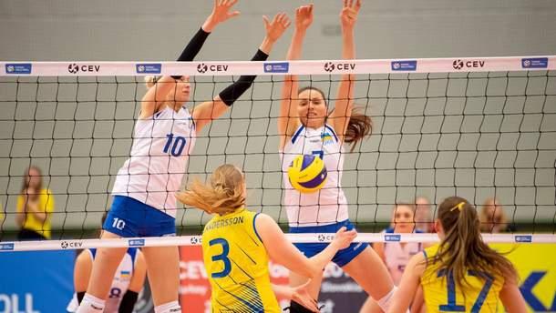 Волейбол: чоловіча збірна програла Чехії, жінки виграли у шведок